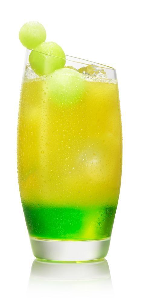 SVEDKA Vodka Cocktail – Drink recipes - SVEDKA NEON CIRCUS