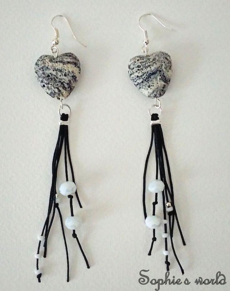 χειροποίητα σκουλαρίκια με ημιπολίτιμους λίθους λάβας handmade earrings semiprecious lava hearts #earrings#semiprecious #lava https://www.facebook.com/Sophies-world-712091558842001/?ref=bookmarks&qsefr=1
