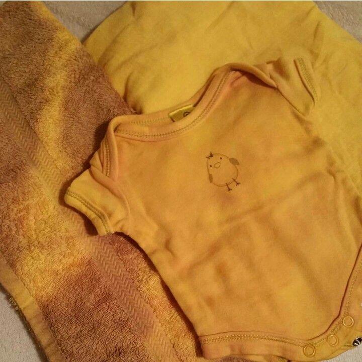 Tumeric natural tie dye  no chemicals just natural tumeric and vinegar. Love this yellow!!