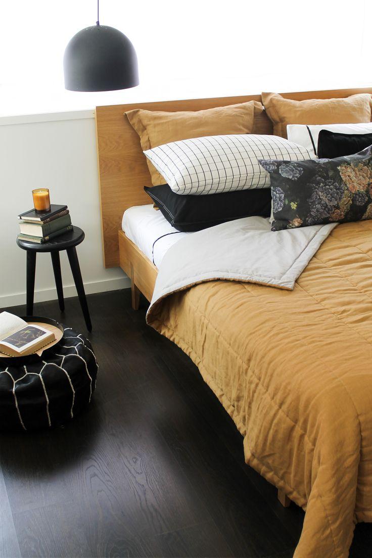 Cinnamon Linen Quilt