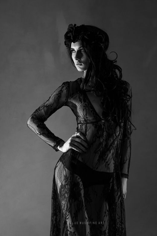 Blue Muse Fine Art  Model: Scarlett Paige  #fashion #style #art #love #fineart #darkbeauty #fineartphotography #bluemuse #bluemusefineart #blackflowers #black #lace