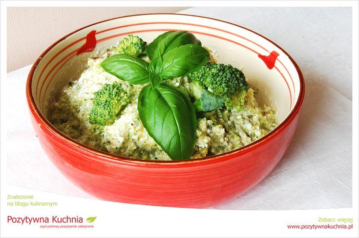 Dip brokułowy - #przepis na #dip z brokułów - dodatek do mięs i pieczonych ziemniaków  http://pozytywnakuchnia.pl/dip-brokulowy/  #kuchnia #brokuly