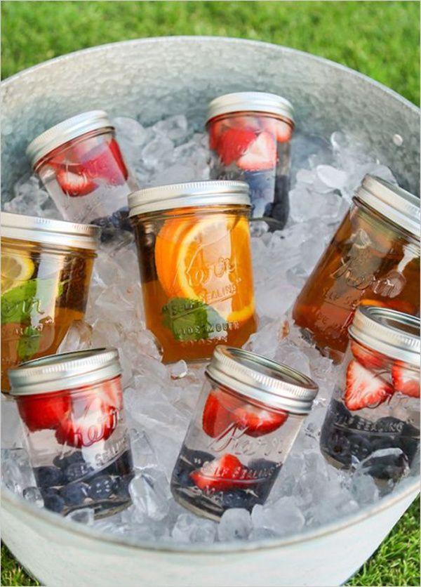 diy wedding drinks in mason jars for outdoor wedding ideas