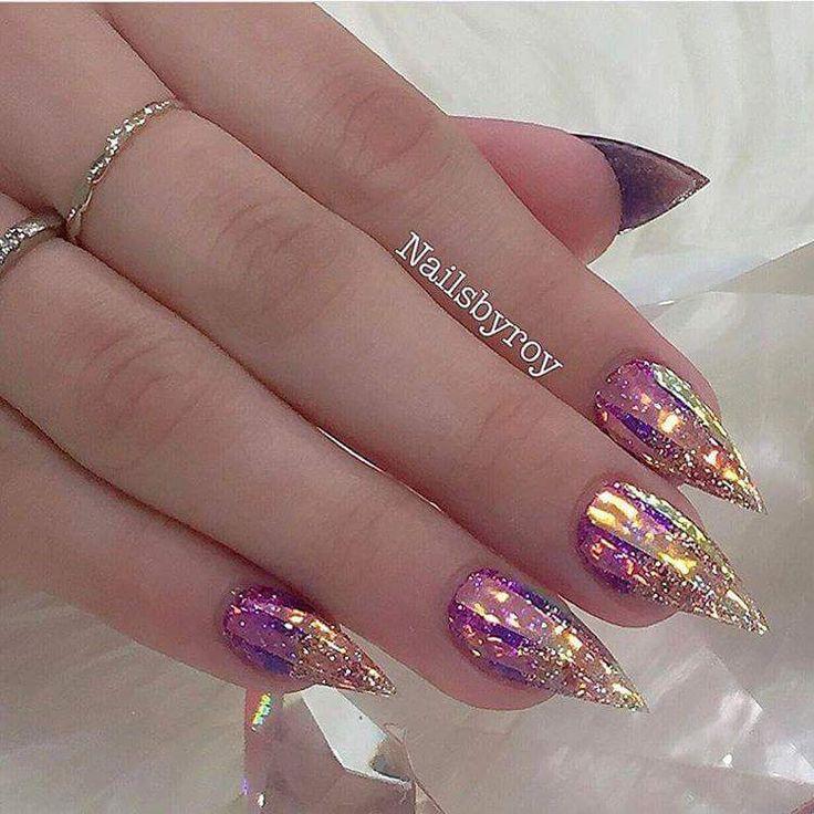 50+ kühne Stiletto Nail Art, die Mädchen den gewagten Look verleiht – Glitter nails