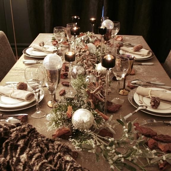 Pin by scapin on christmas pinterest - Dresser une belle table ...