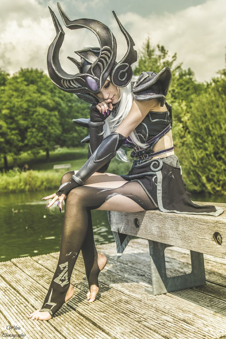 Syndra cosplay from League of Legends! Wow! #leagueoflegends #cosplay