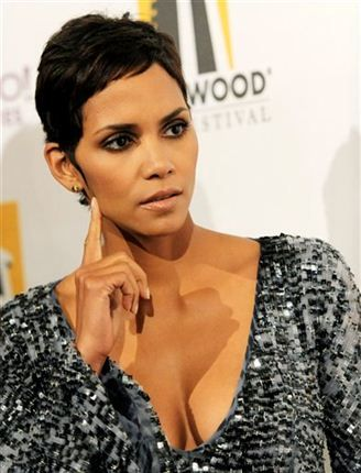 Halle Berry Miss Teen All-American In 1985 and Miss Ohio USA in 1986