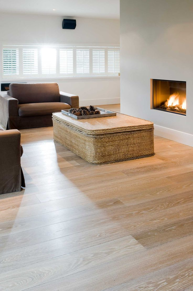 Warm and cosy with oodles of wow. For this home, though, the owners wanted a wooden floor that would be modern, qualitatively superior, and with a healthy dose of wow factor. The solution: Original Chapel Parket. Mission accomplished.