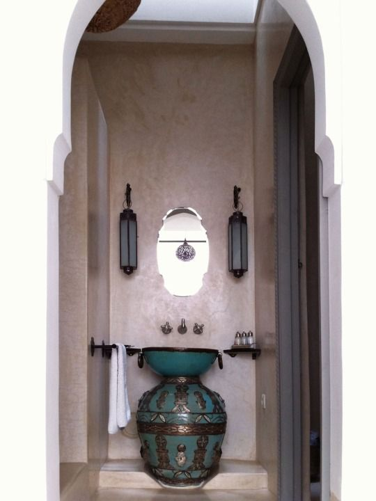 Riad Snan13. Amazing vanity detail, with a large decorative pot below and smaller bowl on top.