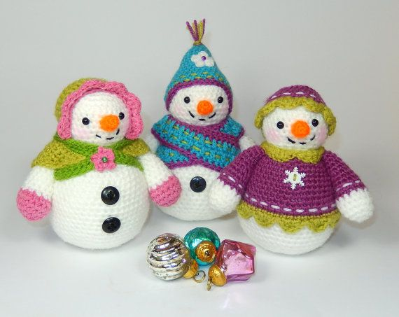 Flurry, Florrie and Flora, Amigurumi Snowlady Trio