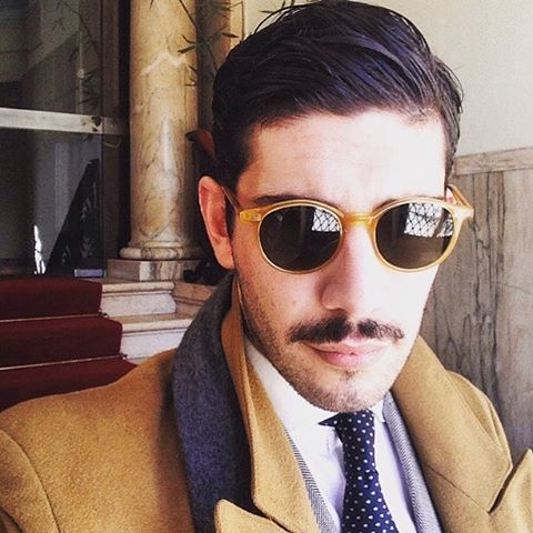 andy_fdr in Lisbon, Portugal wearing Cran honey sunglasses from THE BESPOKE DUDES EYEWEAR.