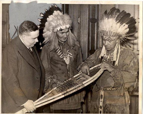 1939 Detroit Press Photo Ottawa Indians by honeyblossomstudio