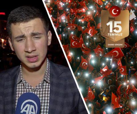 """Cumhurbaşkanı alnından öptü 'Ayağa kalk' dedi  FETÖ tarafından gerçekleştirilen 15 Temmuz darbe girişimi sırasında Atatürk Havalimanı'nda hainler tarafından alçak uçuşlardan sığınacak yer arayan Ahmet Onay başına ceketini sararak VIP'ye girdiği anda yaralandı. Onay, """"Yaşımız küçük, darbeyi bilmiyoruz"""" dedi. Cumhurbaşkanı Erdoğan'ın kendisine 'Bize eğilmek yakışmaz. Ayağa kalk' dediğini söyledi."""