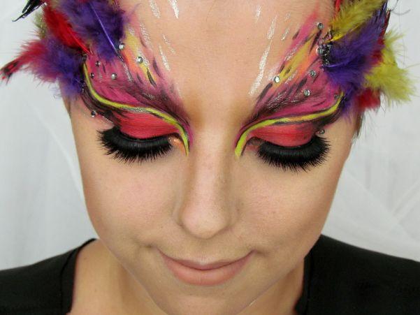 Ptačí Maska / Bird Mask Halloween Makeup Tutorial http://getthelouk.com/?p=3316