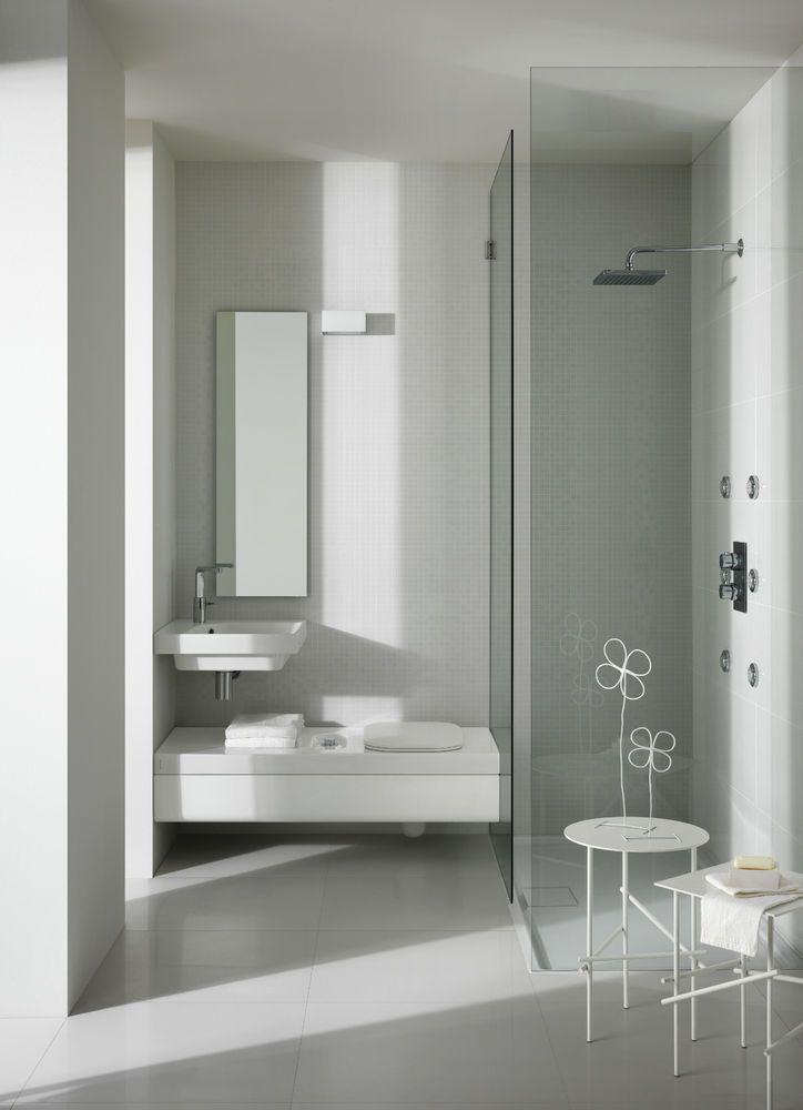 Idea per bagno piccolo http://www.hatria.com/it/hatria/il-nostro-bagno ...