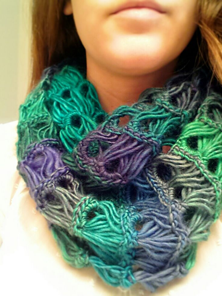 Broomstick lace cowl tutorial!! This is beautiful and this yarn works up deceivingly quick! Highly recommended.