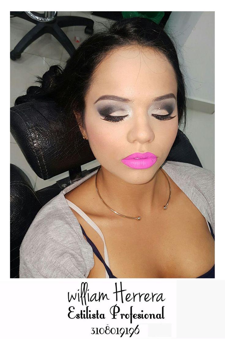 ¡El Maquillaje es mi pasión! Feliz en poder trabajar en lo que amo y darle a mis clientes el mejor look para que se vean y sientan como las estrellas de la noche. Si tú también quieres sentirte igual llámame 3108019196 ¡Un abrazo de William Herrera! #MakeUp #Maquillaje #Belleza #MAC #CaliCo #Cali #Colombia #CaliEsCali #Hermosas #Recogidos #Pro