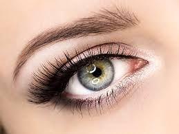 Znalezione obrazy dla zapytania makijaż ślubny niebieskie oczy