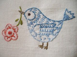 cute birdy (link leads nowhere but this is followable all in itself)