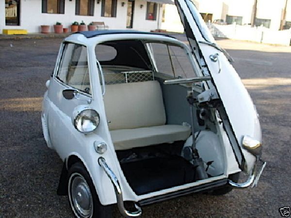 Isetta: The 1958 BMW Makes a Re EntryDeadofawesom Slaine, Dead Of Awesome Slaine