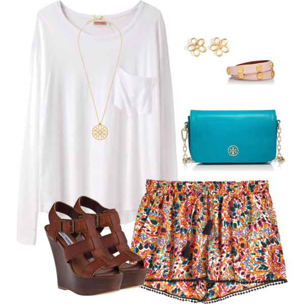 this outfit is totally me on a casual day: white top, patterned shorts, wedges + colorful bag