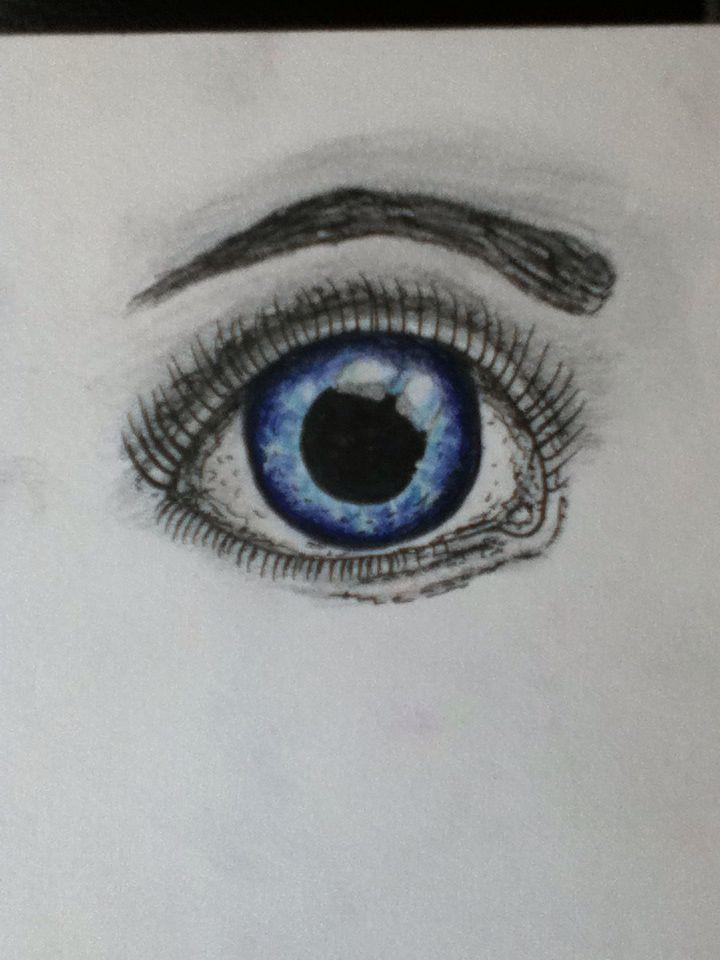 Random eye using ink pen and blue pens