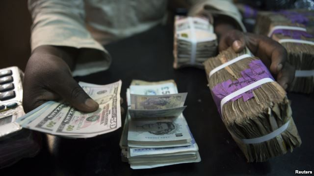 akusonhenry blog: CBN directs banks to sell forex to Bureau De Chang...