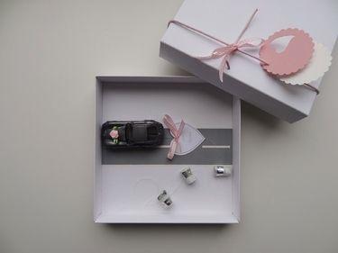 Geldgeschenk Hochzeit Auto (bahn) rosa