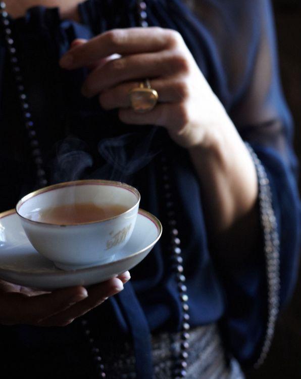 enjoying tea... (Anna Williams Photography)