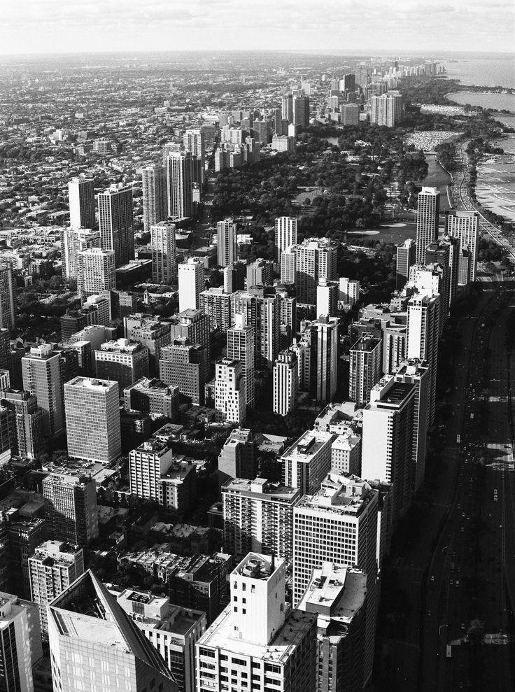 Chicago... Contax645 - hp5 #carmencitafilmlab @bubblerock