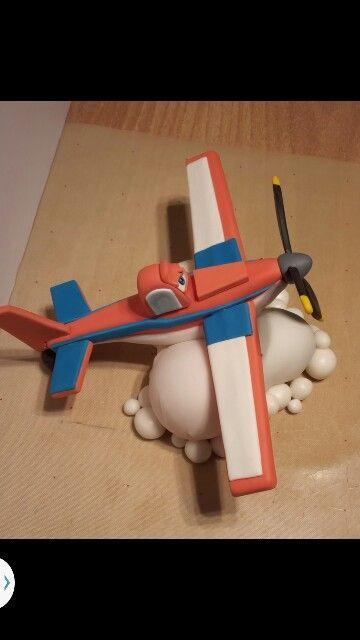 dasty - Disney's plane gumpaste