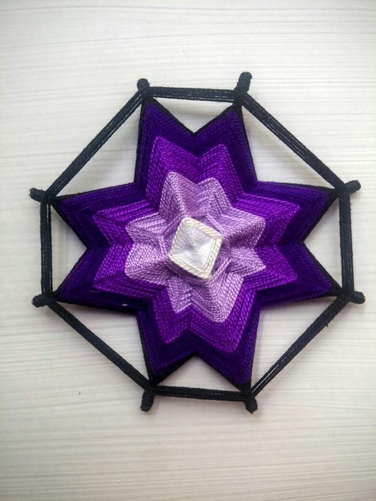 Ojo de dios violeta (mandala 8 puntas)