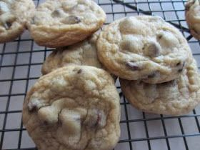 How to Make Homemade Chocolate Chip Cookies Using my Favorite Chocolate Chip Cookie Recipe: How to Make Homemade Chocolate Chip Cookies from Scratch: My Favorite Chocolate Chip Cookie Recipe