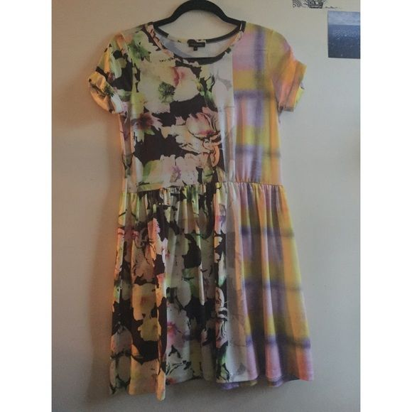 River island babydoll oversized dress The pattern on this is super vibrant. Brand new. River Island Dresses