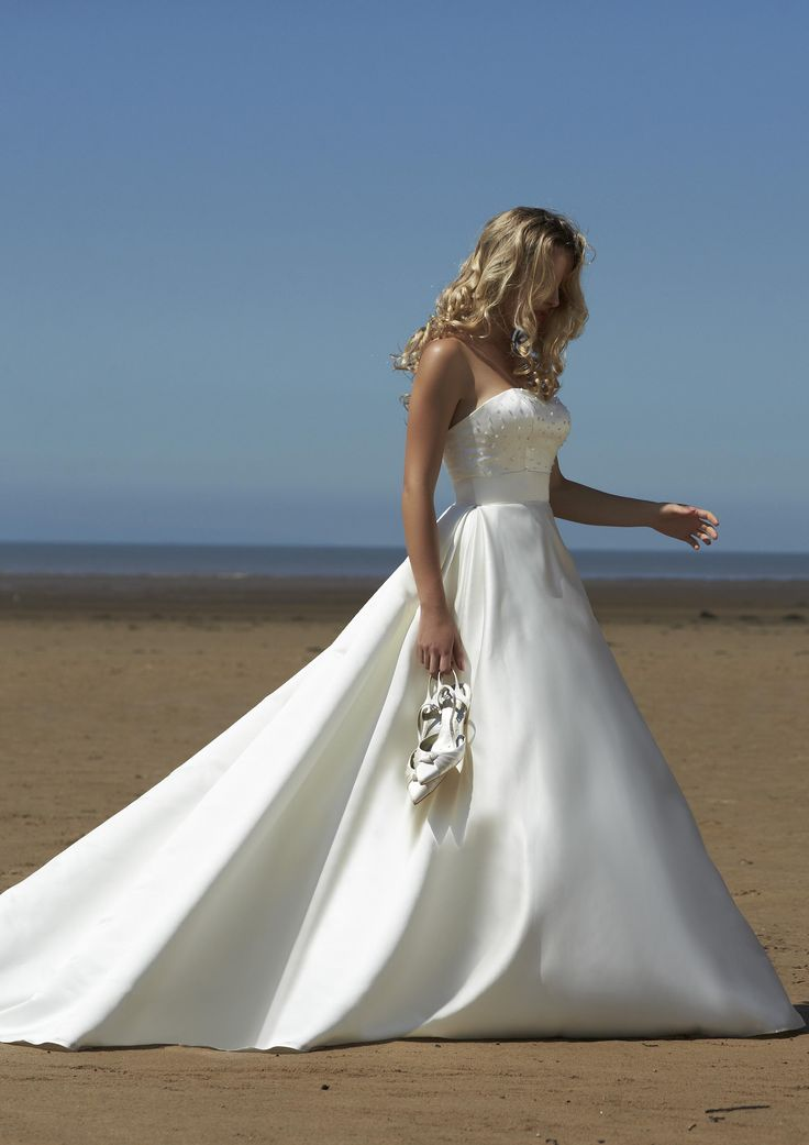 The 26 best 2015 Collection images on Pinterest | Wedding frocks ...