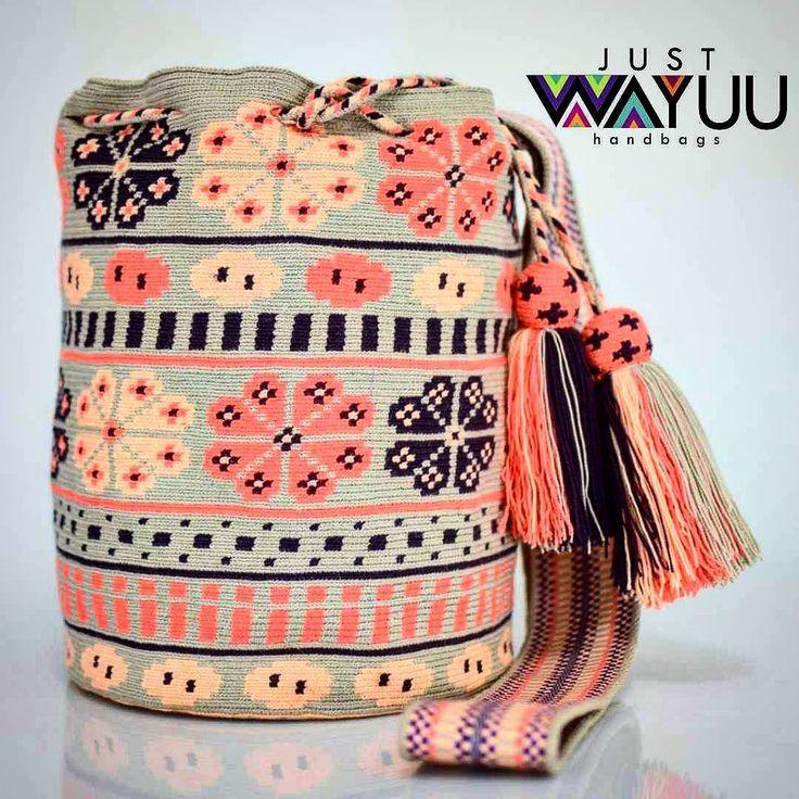 277 отметок «Нравится», 2 комментариев — Just Wayuu (@just.wayuu) в Instagram: «Handcrafted handbags made by indigenous wayuu in the north of Colombia. Worldwide shipping – envíos…»