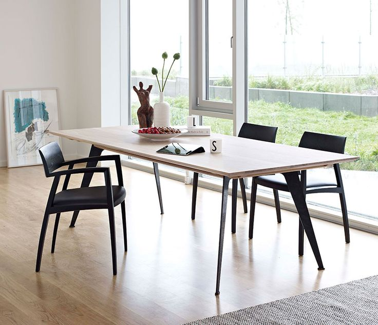 DM3100 Dining Table