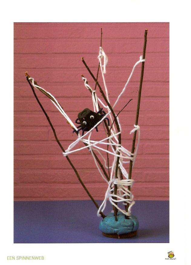 3d knutsel: spin in een web, leuk voor Halloween