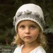 Вирджиния Плиссированная шляпа с розой, модель Cloche 1920s вязания крючком - Allcrochetpatterns.net