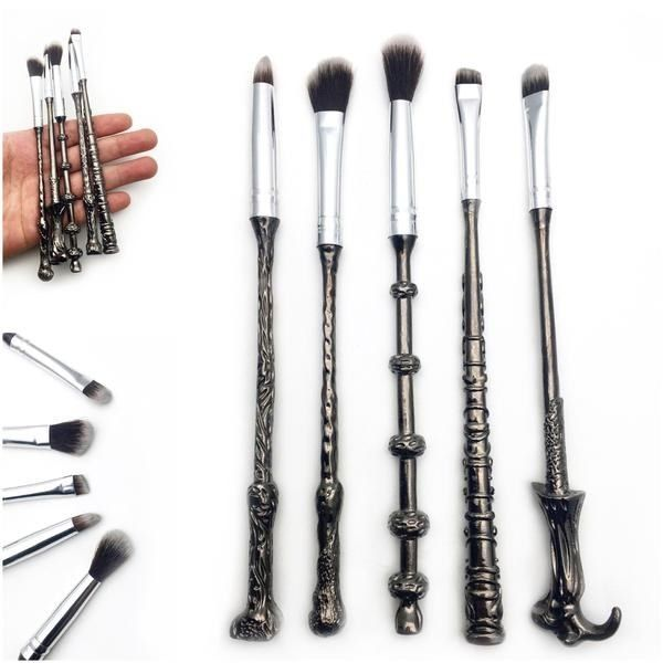 This whimsical AF brush set. | 15 Harry Potter-Inspired Beauty Products Because Makeup Is Magic