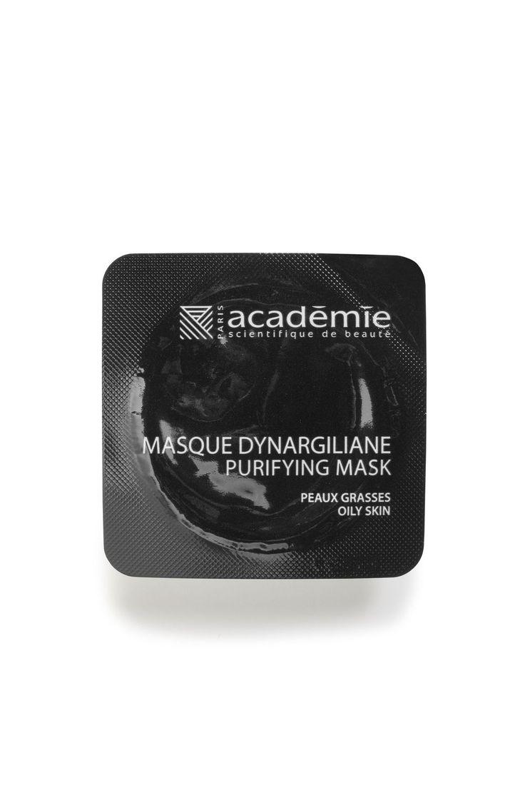 Le masque Dynargiliane Académie Visage d'Académie Scientifique de Beauté est un véritable papier buvard qui assainit les peaux grasses en absorbant l'excès de sébum. Il désincruste et resserre les pores dilatés et laisse la peau nette et saine.