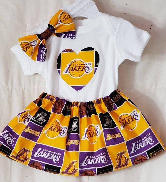 Los Angeles Lakers Baby Girl Clothing Set In 2020 Girls Clothing Sets Outfit Sets Lakers Outfit