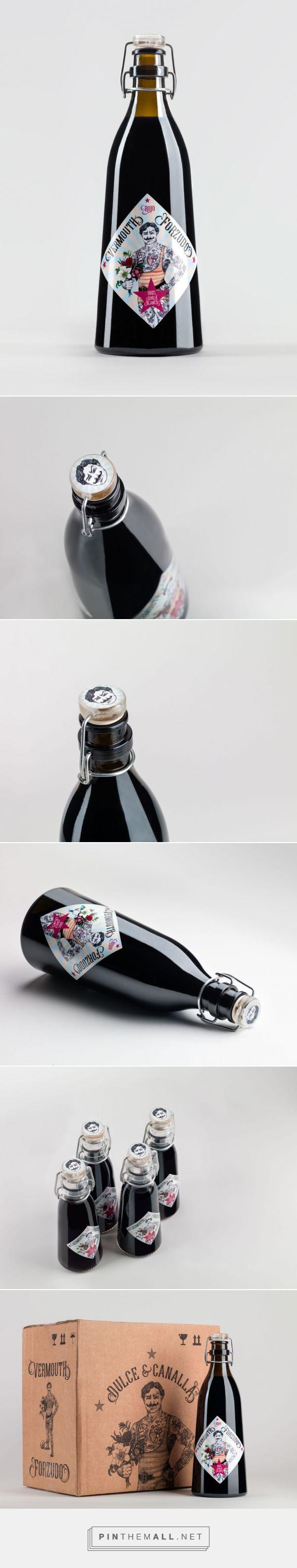 Vermouth Forzudo packaging design by castillosdearena - https://www.packagingoftheworld.com/2018/03/vermouth-forzudo.html