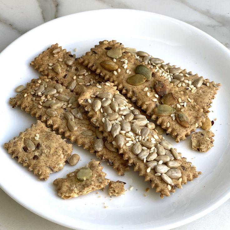 Crackers con Semillas - Galletas Crocantes con Semillas Krispie Treats, Rice Krispies, Portobello, Crackers, Cereal, Food Porn, Appetizers, Snacks, Breakfast