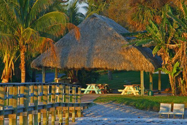 Florida Wedding Venue: River Palm Cottages & Fish Camp, Jensen Beach, FL