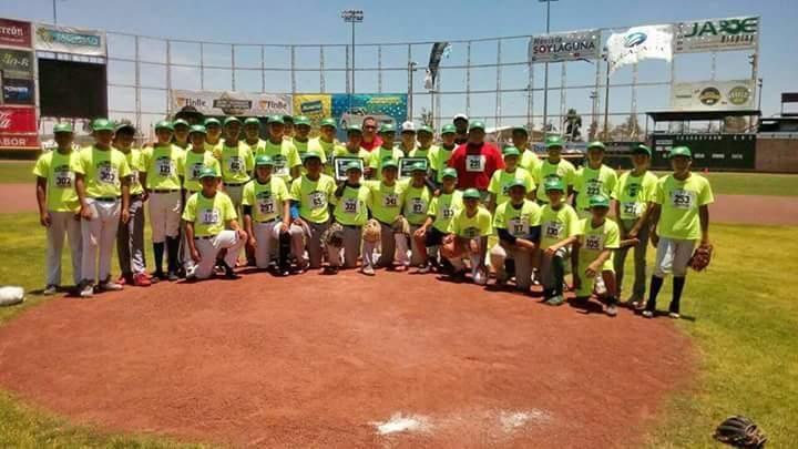 Finalizan las academias CONADE de beisbol.