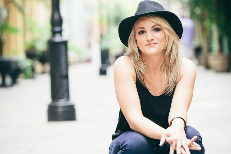 Jamie Lynn Spears to Share Life Story on One-Hour TLC Special 'When The Lights Go Out'