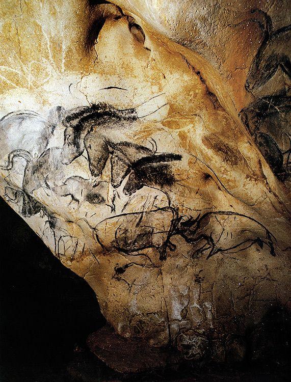 Fighting Rhino & Four Horses Grottes Chauvet, Ardéche, Vallon Pont d'Arc.Daté au Carbonne 14: Paléolithique  31 000 BP