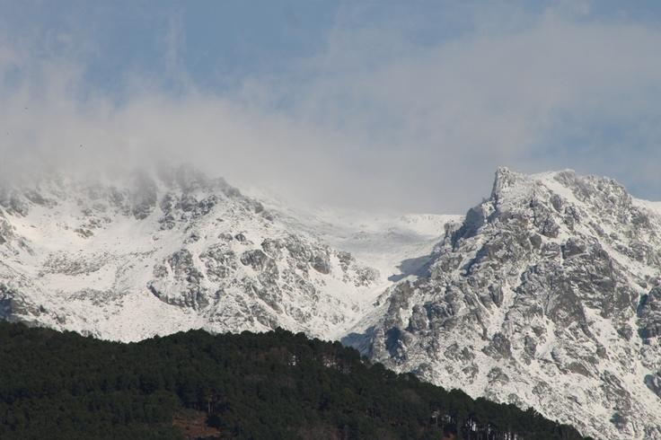Nieves en Gredos,desde la cara sur  www.lunacandeleda.com
