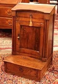 mobili in miniatura antichi - piccolo inginocchiatoio